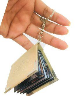 מחזיק מפתחות ספר 10 עם תמונות אשיות לפי בחירתכם