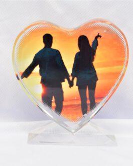 קריסטל בצורת לב עם תמונה אישית והקדשה /ברכה  לאנשים שאתם הכי אוהבים לפי בחירתכם .