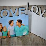 עץ MDF עם הכיתוב LOVE עם תמונה אישית לפי בחירתכם
